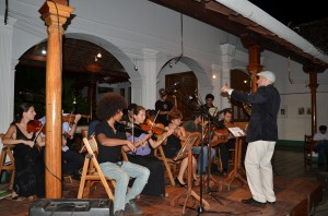 Rulon leading the band at Casa de los Tres Mundos in Granada, Nicaragua
